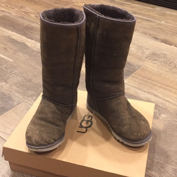 Authentic men's Tall Uggs